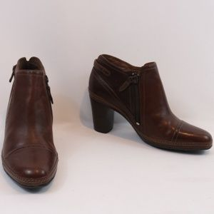 Clarks Artisan Brown Leather Booties